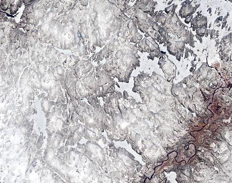 Tältä näytti Ivalo ja sitä ympäröivä alue 25. toukokuuta.