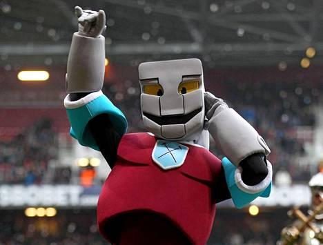 Hammerhead vauhdissa West Ham Unitedin ottelussa.