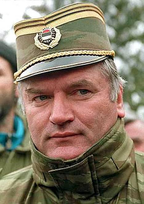 Serbikenraali Ratko Mladic on edelleen karkuteillä.