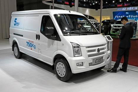 DFSK C35 on aivan kuin kutistettu Ford Transit.