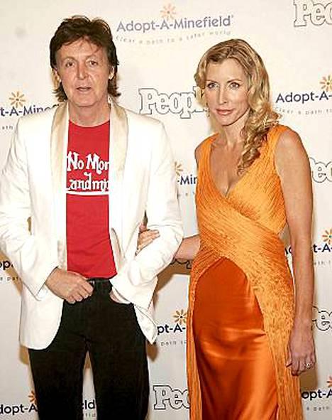 Paul McCartney ja Heather Mills kävivät kaksi vuotta katkeraa erotaistelua.