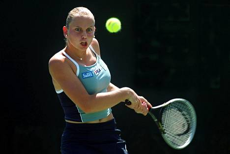 Dokic Floridassa 2001. Serbialais-australialaisen ammattilaisura alkoi jo 15-vuotiaana vuonna 1998.