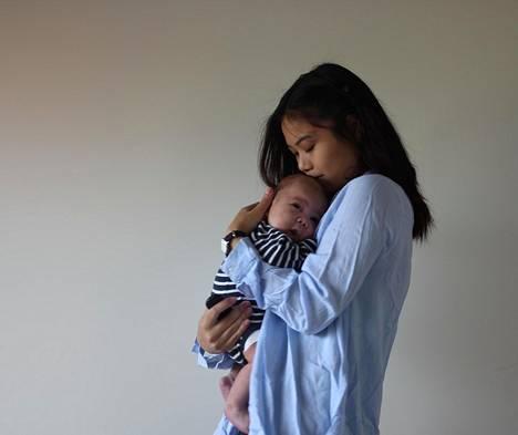 Vellamo pelkäsi pojan isän hylkäävän hänet ja vauvan raskausuutisen myötä.