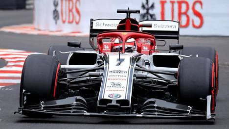 Kimi Räikkönen oli Alfa Romeolla yhdeksäs torstain molemmissa harjoituksissa Monacon katuradalla. Perjantaina ruhtinaskunnassa ei ajeta F1-autoilla.