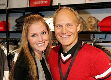 Kalle Palander ja hänen avopuolisonsa Riina-Maija Salminen ottavat suhteessaan sunnuntaina ratkaisevan askeleen.