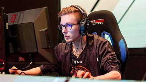 """Sami """"xseveN"""" Laasanen, 25, edustaa jatkossa HAVU Gaming -joukkuetta. Parhaillaan käynnissä olevat major-karsinnat pelaaja hoitaa tosin vielä loppuun ENCEn kanssa."""