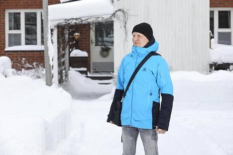 """Kari kiittelee vuolaasti Suomen terveydenhuollon ammattilaisia. """"Heidän osaaminen on aivan huikeaa"""", Kari sanoo."""