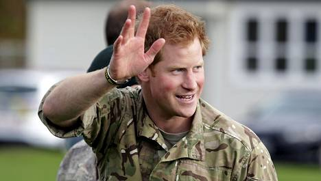 Britannian prinssi Harry on viikon mittaisella vierailulla Uudessa-Seelanissa. Prinssi vieraili Lintonin tukikohdassa keskiviikkona.