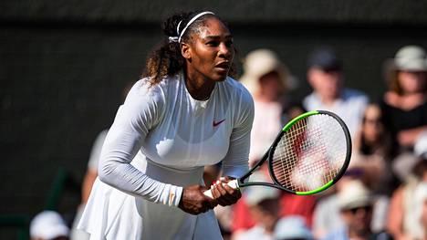 Wimbledonin finaalin hävinnyt Serena Williams nousi maailmanlistalla peräti 153 sijaa