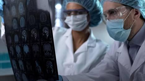 Päivittäin keskimäärin 68 suomalaista saa aivoverenkiertohäiriön. Siihen kuolee keskimäärin 12 henkilöä päivässä.