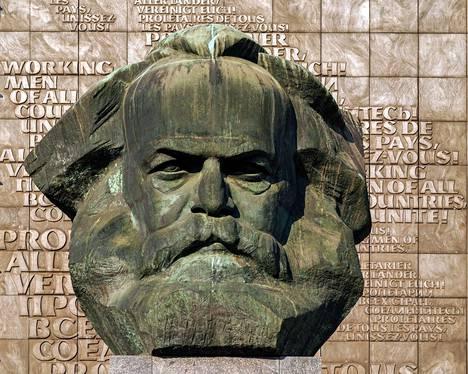 Karl Marxin ajatukset olivat taustalla, kun Lenin alkoi rakentaa järjestelmäänsä.