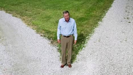 Republikaanien presidenttiehdokkuutta vuonna 2016 tavoitellut Ohion ex-kuvernööri John Kasich puhui demokraattien puoluekokoukselle suorassa lähetyksessä.