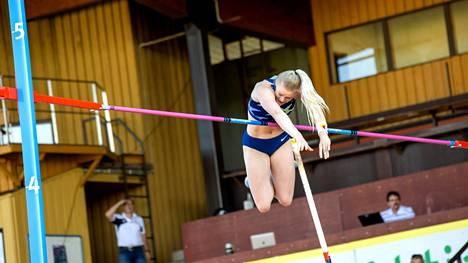 Wilma Murto hyppäsi Vaasan rankingkisassa kesäkuun lopussa uuden ulkoratojen ennätyksensä 462.