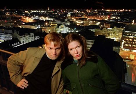 Näin Kerkko Koskinen ja Anni Sinnemäki poseerasivat vuonna 1996.
