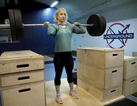 Omasta salista on tullut Anni Vuohijoelle tärkeä paikka tiellä kohti olympiatavoitetta.