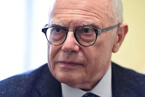Milanolaisen Saccon sairaalan tartuntatautien osaston johtaja Massimo Galli uskoo, että potilaiden määrä kasvaa vielä muutaman viikon ajan.