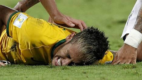 Puolivälieräottelussa Kolumbiaa vastaan loukkaantunut Neymar ei pysty pelaamaan MM-kisojen ratkaisupeleissä.