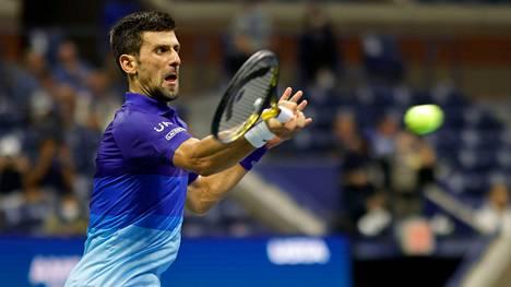 Novak Djokovic kaatoi puolivälierässä Matteo Barrettinin.