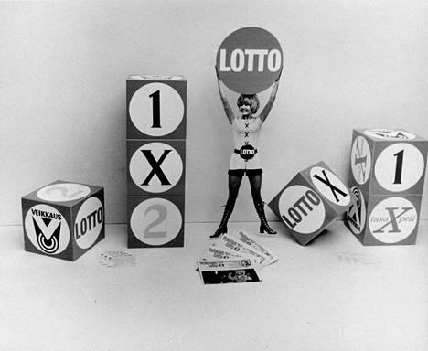 Loton arvonlähetys näytettiin Ylellä vuodesta 1971 lähtien. Kuva 1970-luvulta. Vuonna 2013 esityskanavaksi vaihtui MTV3.