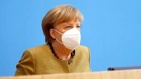Saksan liittokansleri Angela Merkel mediatilaisuudessa Berliinissä 21. tammikuuta 2021.