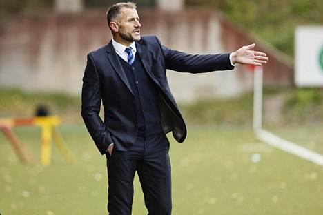 Shefki Kuqin valmentama Inter on kovassa paikassa karsinnoissa.