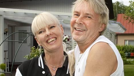 Pia ja Matti Nykänen avioituivat vuosi sitten.