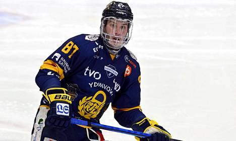 Unelmasta totta. Aleksi Saarela voitti Suomen mestaruuden Lukon paidassa.