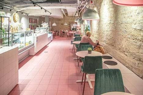 So Brooklyn -ravintolasta saa aamupalaa, drinkkejä, salaatteja ja bageleita.