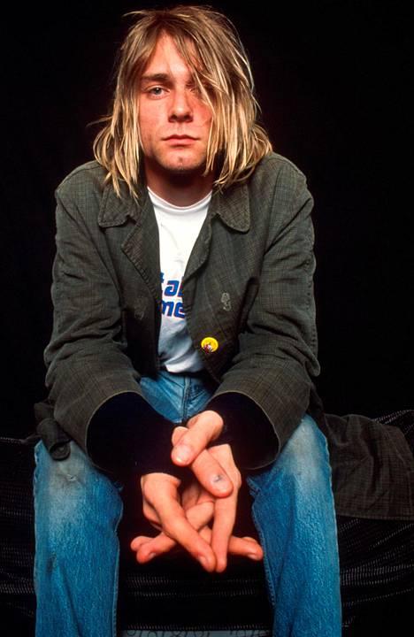 Cobain muokkasi kitaraa sopimaan omaan soittotyyliinsä.
