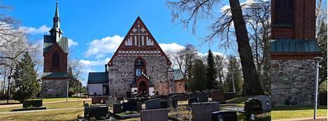 Yllä oleva kuva on otettu normaaliasetuksin Vantaalla sijaitsevasta Helsingin pitäjän kirkosta. Lopputuloksissa yhdistellään kaikkien kameroiden kuvia.