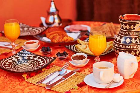 Todellisuudessa aamiainen maksoi kolmasosan siitä, mitä Kaisa joutui huijauksen takia maksamaan.