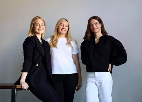 Laura, Petra ja Karoliina eli puolet laukkumerkin nykyisistä osakkaista. ASK Scandinavian nimi tulee alun perin perustajien nimien alkukirjaimista.