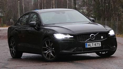 Polestar-käsittelyn saaneessa Volvossa on optimoitu auton pyörät, jarrut, jousitus ja moottorin ohjausyksikkö.