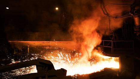 SSAB:n Raahen-terästehdas on suurin yksittäinen hiilidioksidipäästöjen lähde Suomessa.