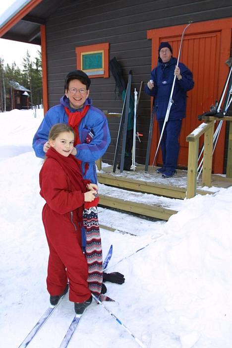Tytär Josefiina syntyi vuonna 1991. Kuvassa Kittilässä myös aviomies Pentti Manninen.