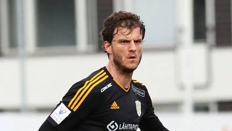 Kovaotteinen Mehmet Hetemaj on tärkeässä roolissa, kun SJK pelaa historiansa ensimmäiset europelit.