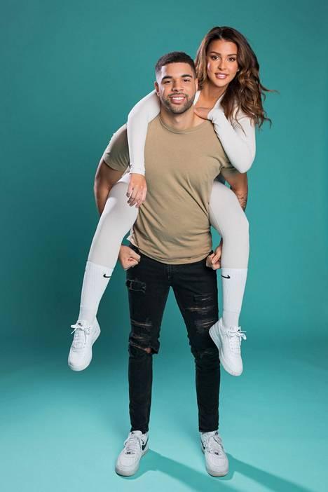 Sara Chafak seurustelee tosi-tv-tähti Jeffrey Lawmanin kanssa.