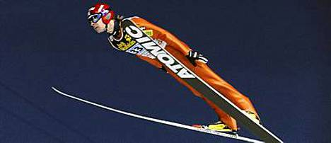 Janne Ahonen oli Garmischin karsinnan paras suomalainen ja pisimmälle hypännyt ei-karsija.