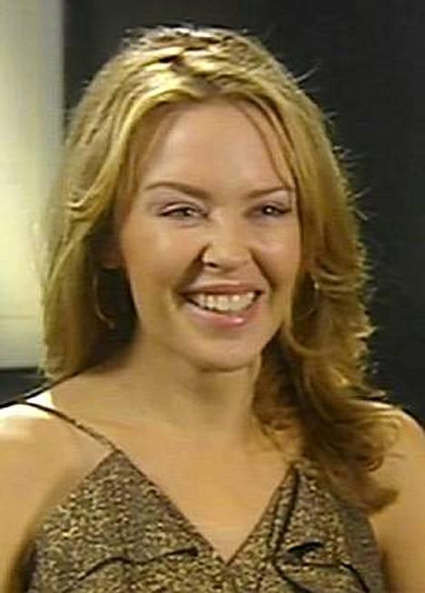 Kylie Minogue ihastui sisarenpoikaansa.