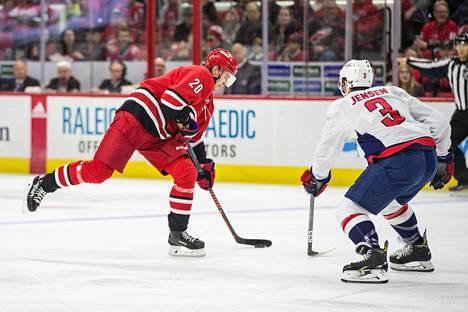 Aho oli viime talven tehokkain suomalaispelaaja NHL:ssä.