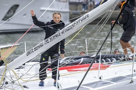Lentämisen ilmastovaikutuksia vastaan protestoidakseen Thunberg saapui New Yorkin ilmastokokoukseen purjeveneellä. Matka Atlatin yli kesti yli kaksi viikkoa.