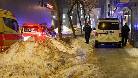 Hälytys keskisuuresta vaarallisen aineen onnettomuudesta Markkinakadulla tuli kello 18.12.