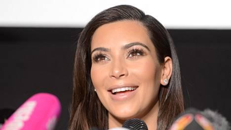 Kim Kardashianilta katosi hetkessä yli miljoona seuraajaa Instagram-verkkopalvelussa. Hänen käyttäjätilillään on silti yhä yli 20 miljoonaa seuraajaa.