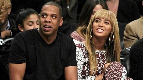 Jay-Z ja Beyonce Knowles ovat olleet näyttävästi mukana Barack Obaman tukijoukoissa.