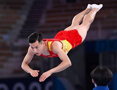 Dong Dongin tyylinäyte finaalissa.
