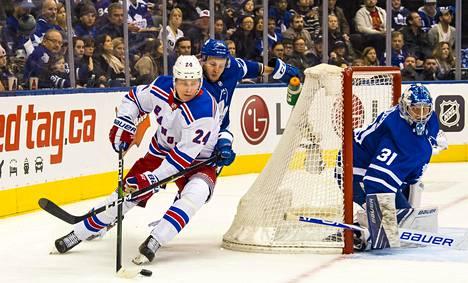 Turkulaislähtöiselle Kaapo Kakolle avauskausi NHL:ssä oli vielä totuttelemista.