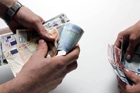 Esimerkiksi Futurice, Vincit, Sysart, Codeo, Luoto Company, Fraktio ja Sharetribe puhuvat palkka-avoimuuden puolesta.