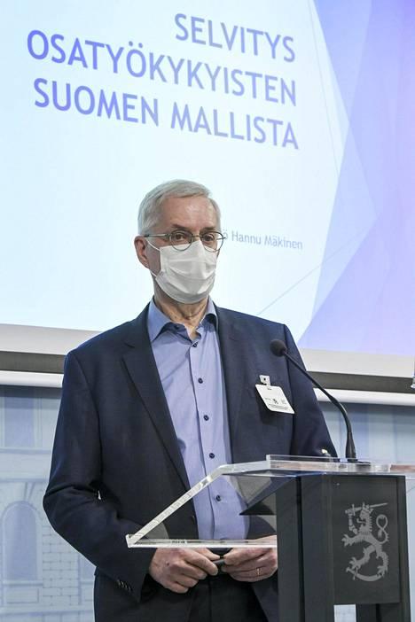 Selvityshenkilö Hannu Mäkinen muistutti, että vaikeimmin työllistyvien ihmisten työpaikoissa kyse on ihmisarvosta ja tasa-arvosta.
