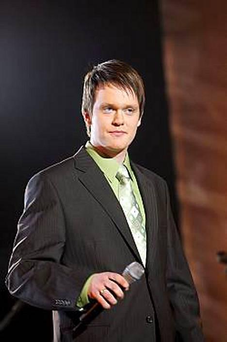 Pekka Mikkolan mielestä kukaan ei ole täydellinen, mutta siihen on hyvä pyrkiä.