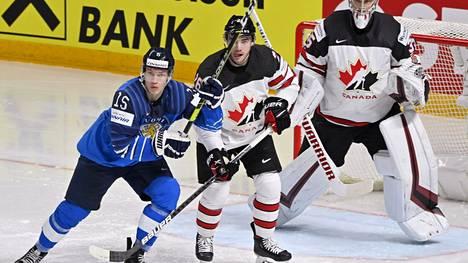 Anton Lundell saavutti Leijonien mukana MM-hopeaa. Finaalissa Kanada oli niukasti parempi.
